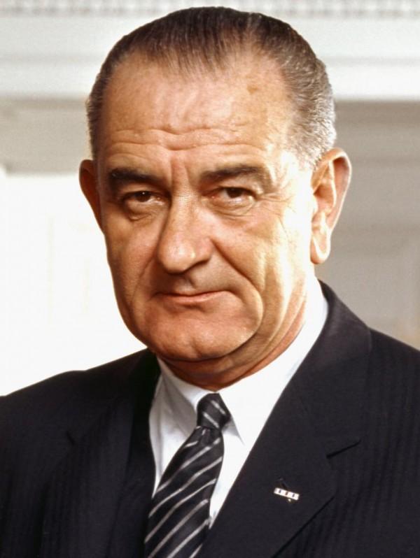 Lyndon-B.-Johnson-600x798