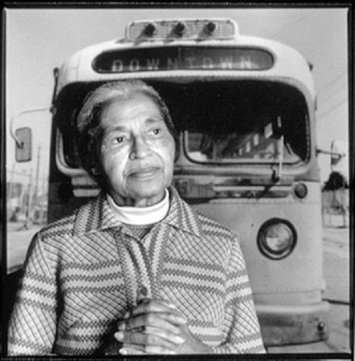 rosa-parks_with-montgomery-bus